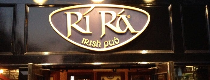 Rí Rá Irish Pub & Restaurant is one of Lieux sauvegardés par Brent.