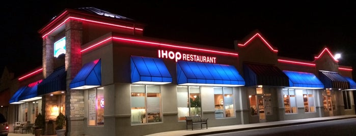IHOP is one of Tempat yang Disukai Shawn Ryan.