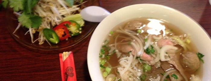 Phuong Vietnamese Cuisine is one of Posti salvati di Dee.