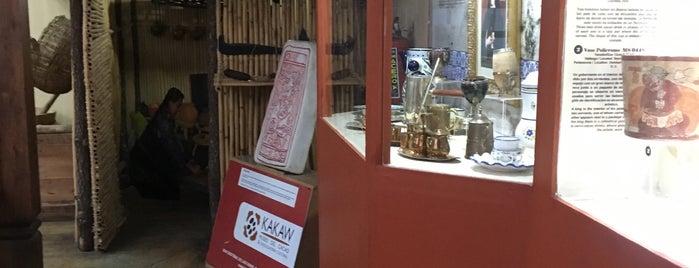 Kakaw, Museo del cacao & chocolatería cultural is one of Locais salvos de Aislinn.