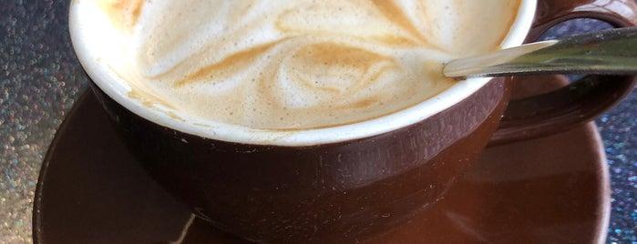 Kiwi Cafe is one of Locais curtidos por Sarah.
