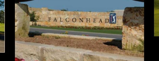 Falconhead Golf Club is one of Tempat yang Disukai Chuck.