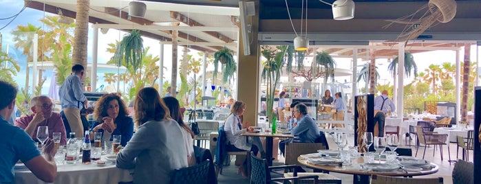 Marina Beach Club is one of Lieux sauvegardés par anthony.