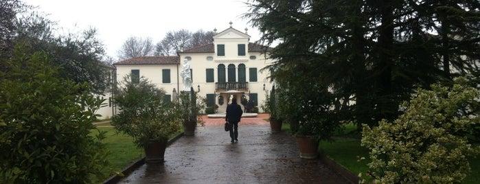 Park Hotel Villa Fiorita is one of Locais curtidos por Citlalli.