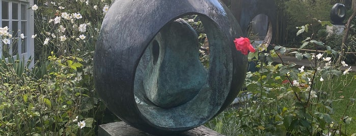 Barbara Hepworth Museum & Sculpture Garden is one of Cornwall.