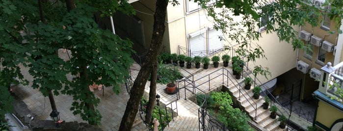 Воздвиженський / Vozdvyzhensky Hotel (Готель «Воздвиженський») (Готель «Воздвиженський») is one of Kyiv, I'm back!.