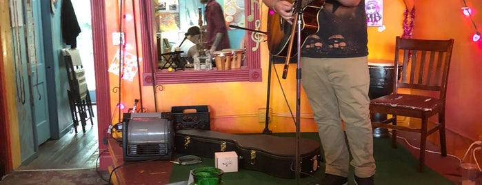 Spirited Goat Coffeehouse is one of Posti che sono piaciuti a Matt.