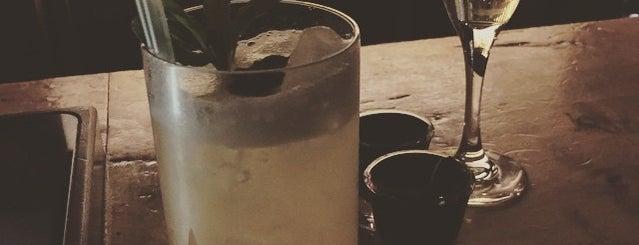 Distill is one of Orte, die El Micho gefallen.