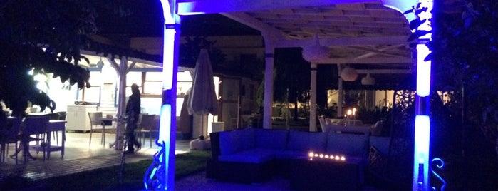Azul Hotel & Bistro is one of สถานที่ที่ Hilal ถูกใจ.