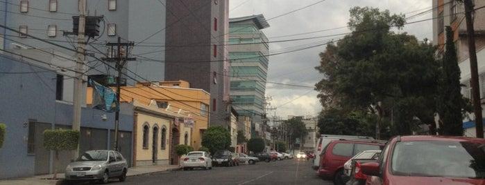 Colegio Rossland is one of Lugares favoritos de Pato.