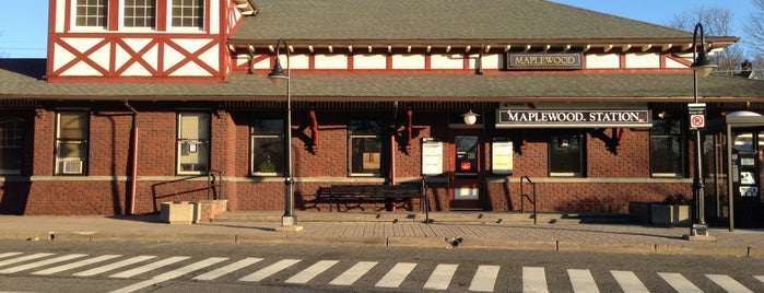 NJT - Maplewood Station (M&E) is one of Lugares favoritos de Peter.