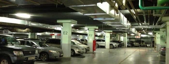 Парковка ТЦ «Европарк» is one of Сохраненные.