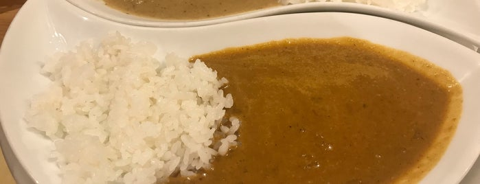 CURRY HOUSE こぶみかん is one of Lugares favoritos de 商品レビュー専門.