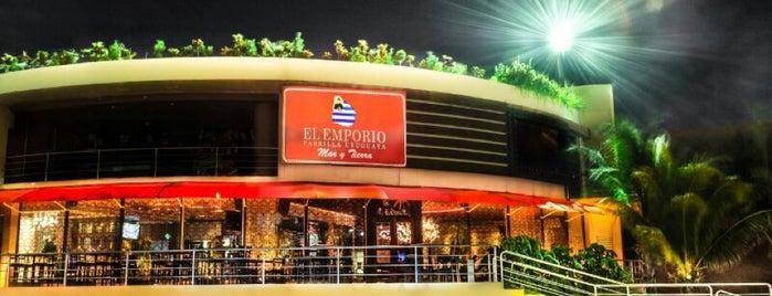 El Emporio Mar y Tierra is one of Tempat yang Disukai Teresa.