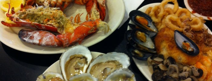 Randazzo's Clam Bar is one of NYC food.