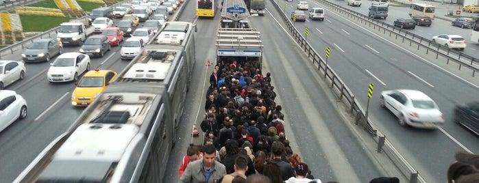 Cevizlibağ Metrobüs Durağı is one of vld.