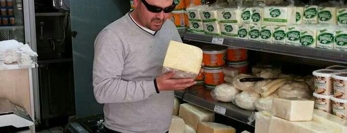 Etem Yılmaz Peynir Dünyası is one of Ege ve Akdeniz.