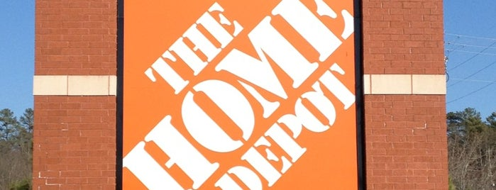 The Home Depot is one of Brandon'un Beğendiği Mekanlar.