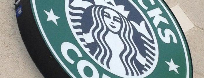 Starbucks is one of Tempat yang Disukai Brandon.
