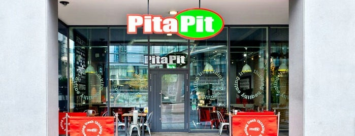 Pita Pit is one of Locais curtidos por Louise.