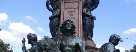Maxmonument is one of Around The World: Europe 1.