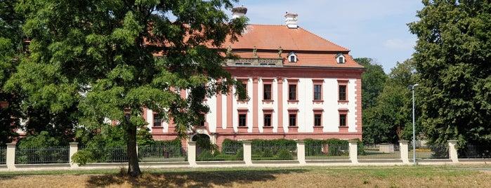 Zámek Kunín is one of สถานที่ที่บันทึกไว้ของ Štěpán.