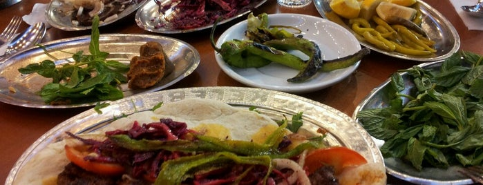 Kelebek Paça, Beyran ve Kebap Salonu is one of Fahrettinさんの保存済みスポット.