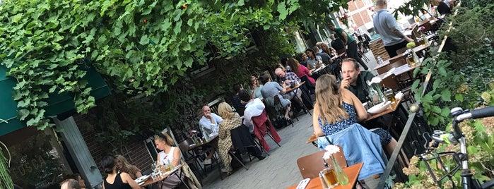 Tosca is one of alimentarsi in olanda.