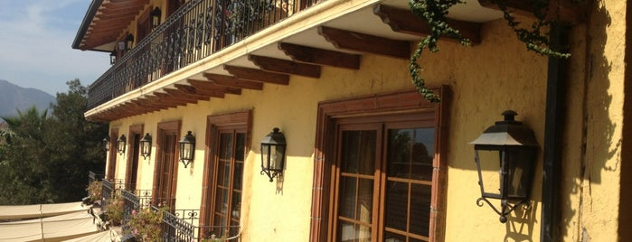 Hotel Santa Cruz is one of Posti che sono piaciuti a Magdalena.