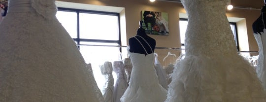 Eva's Bridal Center is one of Sandyさんのお気に入りスポット.