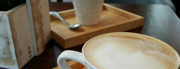 Nina Coffee is one of Alika 님이 좋아한 장소.
