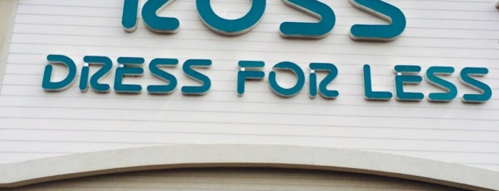 Ross Dress for Less is one of Tempat yang Disukai Lauren.
