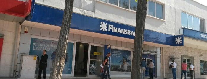 QNB Finansbank is one of สถานที่ที่ Metin ถูกใจ.