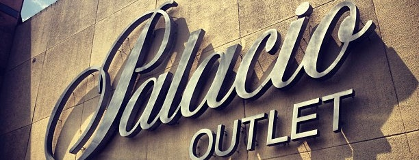 El Palacio de Hierro Outlet is one of Mayte 님이 좋아한 장소.