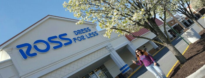 Ross Dress for Less is one of Orte, die Bayana gefallen.