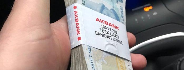 Akbank is one of Lugares favoritos de Mete.