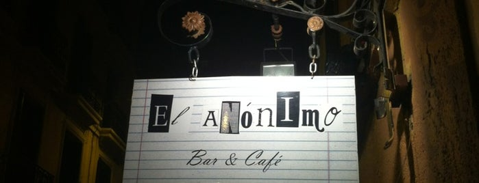 El Anónimo Café Bar is one of Malasañeamos.