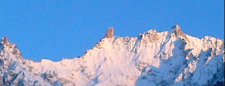 Courmayeur is one of Dove sciare.