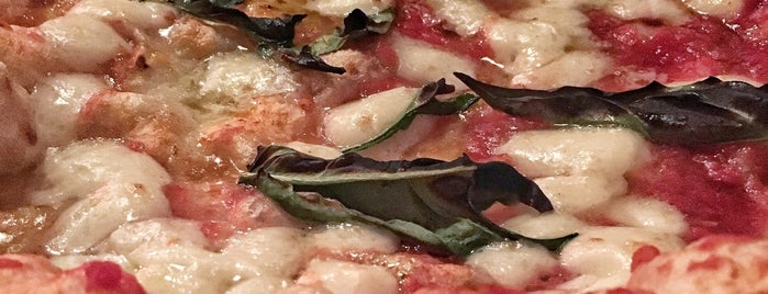 Una Pizza Napoletana is one of 2017 in SF.