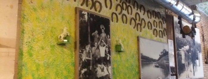 Taberna Maceira is one of Sitios de comercio y bebercio poco conocidos.