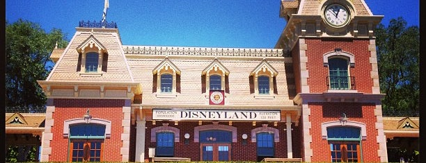 DRR Main Street Station is one of Lugares favoritos de Alejandro.
