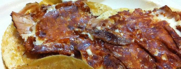 Tacos El Paisa is one of Tempat yang Disukai Alonso.