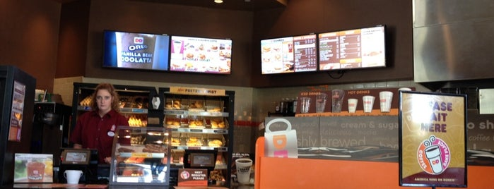 Dunkin' is one of Lugares favoritos de Kandu.