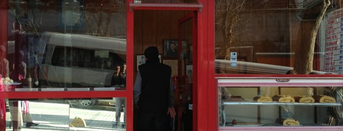 Tarihi Fatih Sarmacısı is one of Istanbul Culinary Adventures.