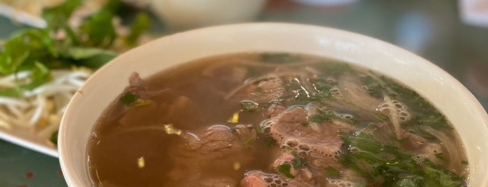 Pho Binh is one of Want to try.