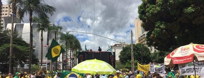 Praça Almirante Tamandaré is one of Posti che sono piaciuti a Marcelo.