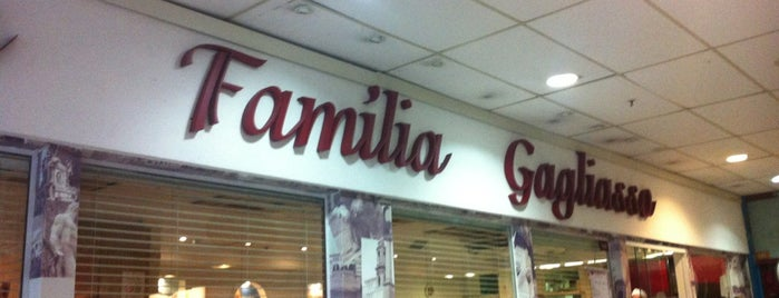 Familia Gagliasso is one of Restaurante.