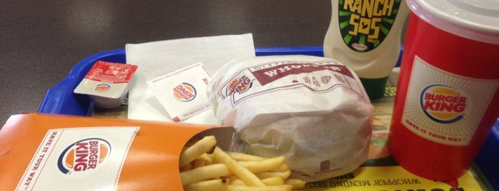 Burger King is one of Lugares favoritos de Dilek.