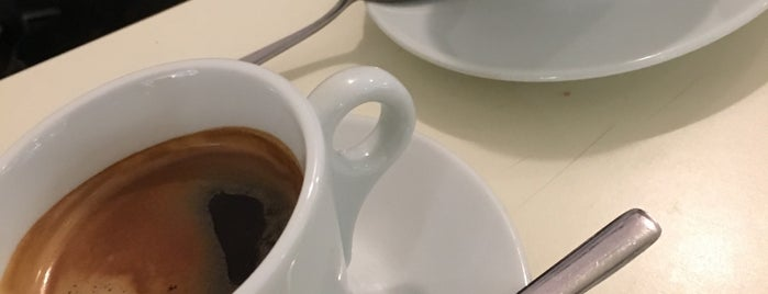 Culto Caffe Cioccolato is one of Yulia'nın Beğendiği Mekanlar.