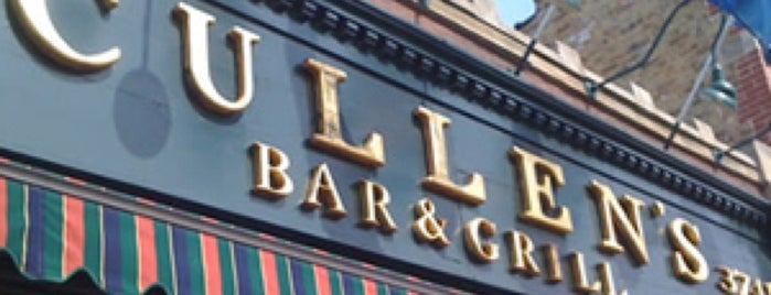 Cullen's Bar and Grill is one of Lugares favoritos de Julie.